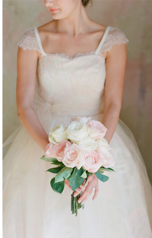 One-Flower-Bouquets-Roses.jpg