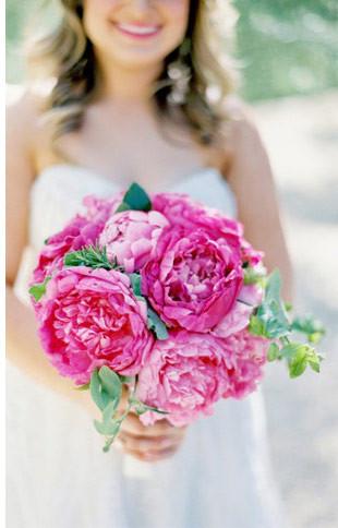single bloom bouquet   זר מפרח אחד
