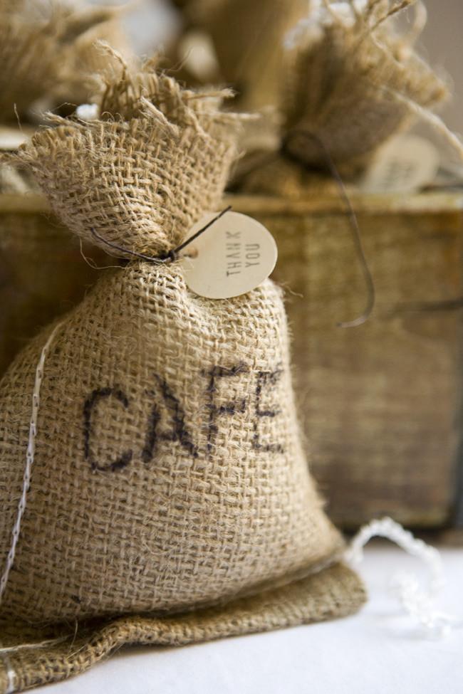 diy-coffee-bag-favors-03.jpg