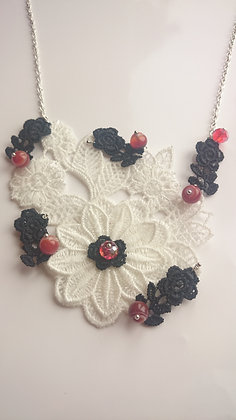 Guipure Lace Motif, Agate & Crystal Necklace
