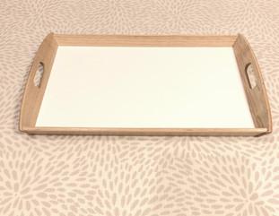 ⑧木製トレー(Wooden tray) 330円