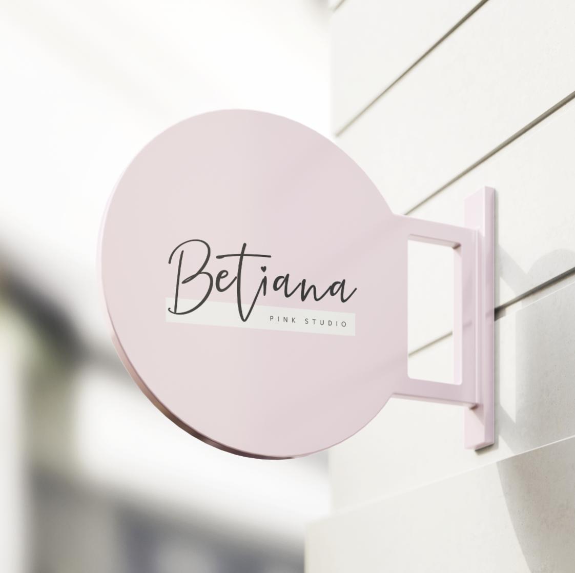Betiana Pink Studio