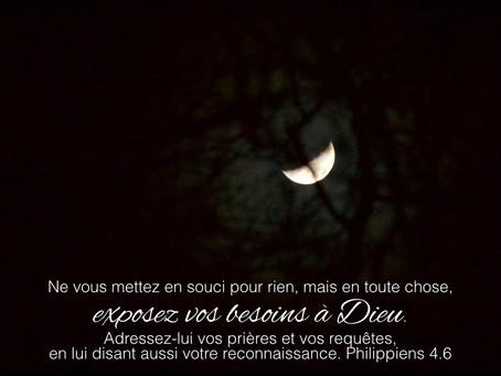 La lumière derrière les ténèbres [verset 5]