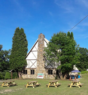 Brokenstraw Valley Winery Lodge