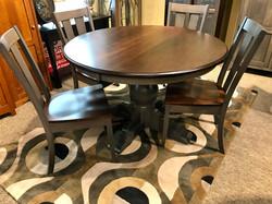 Albany Single Pedestal Dining Set