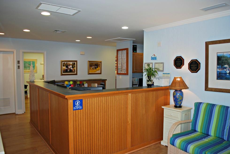 beaches-family-denistry-reception.jpg
