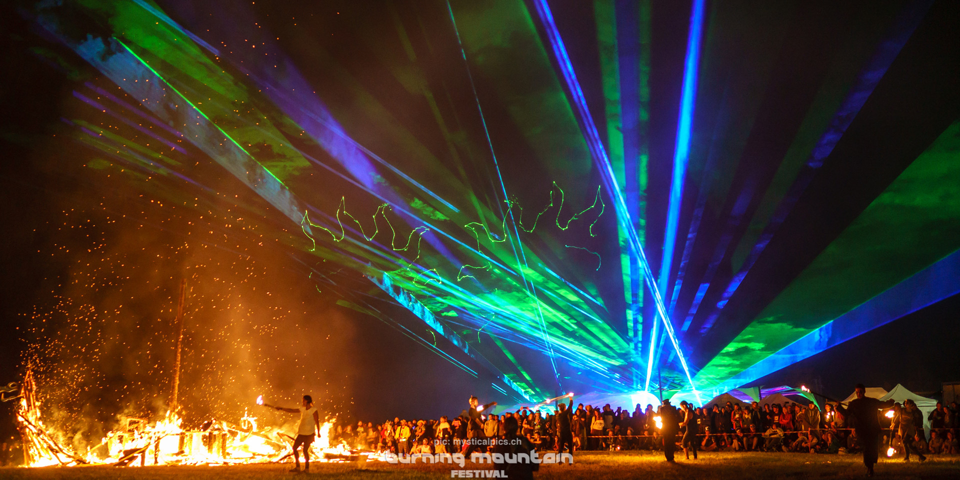 Experience a lightshow you never seen before!
