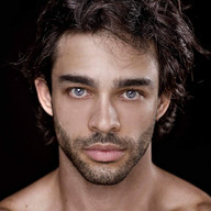 Daniel Navarro 1.jpg