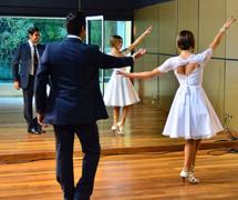 Aulas de Dança (4).png