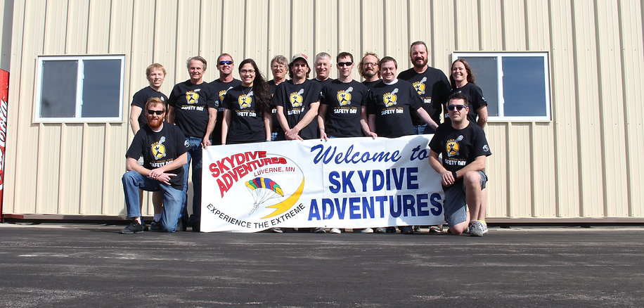 Members of Skydive Adventures