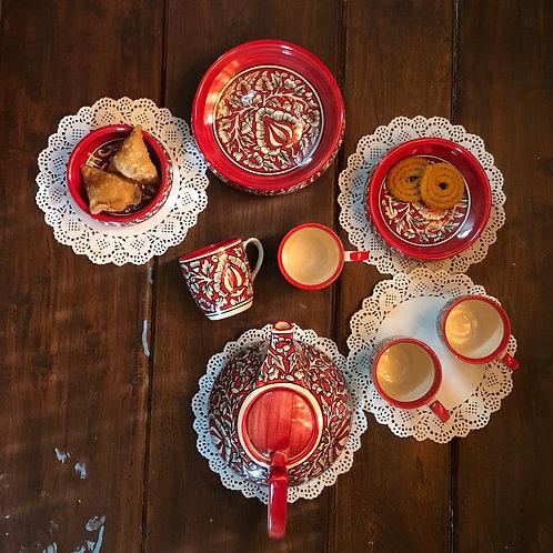 clay pots, crockery, hand painted crockery, hand painted pottery