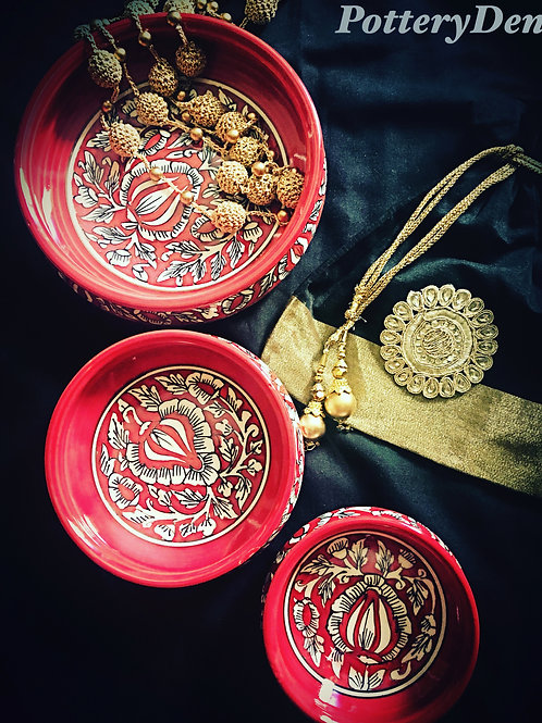 Festive Red Traditional Bowl 3 Piece Set