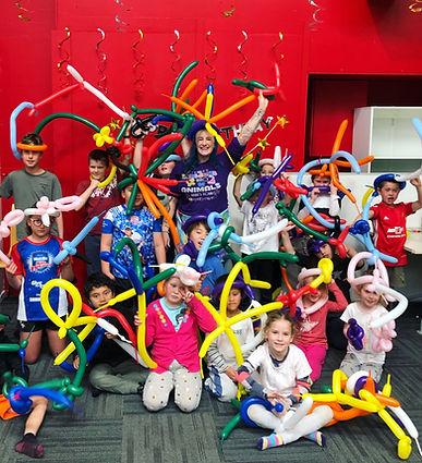 balloon twisting workshop group of kids Wellington New Zealand