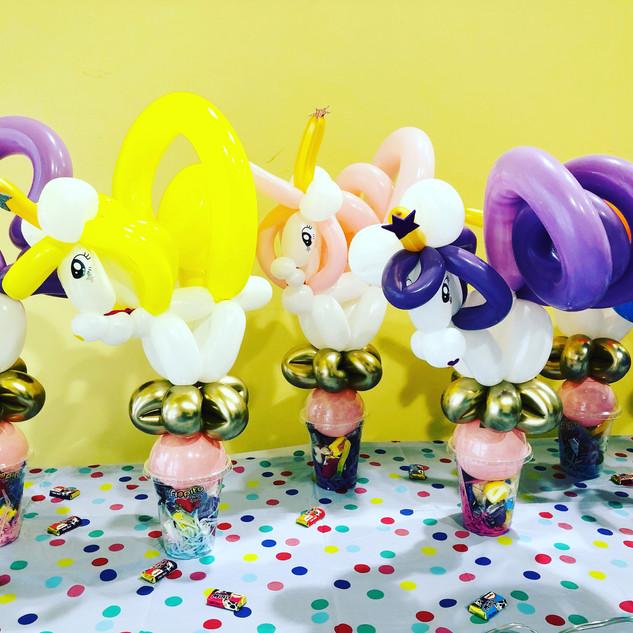 unicorns balloons