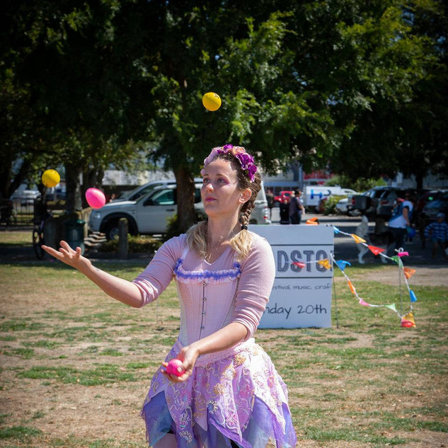 fairy juggler