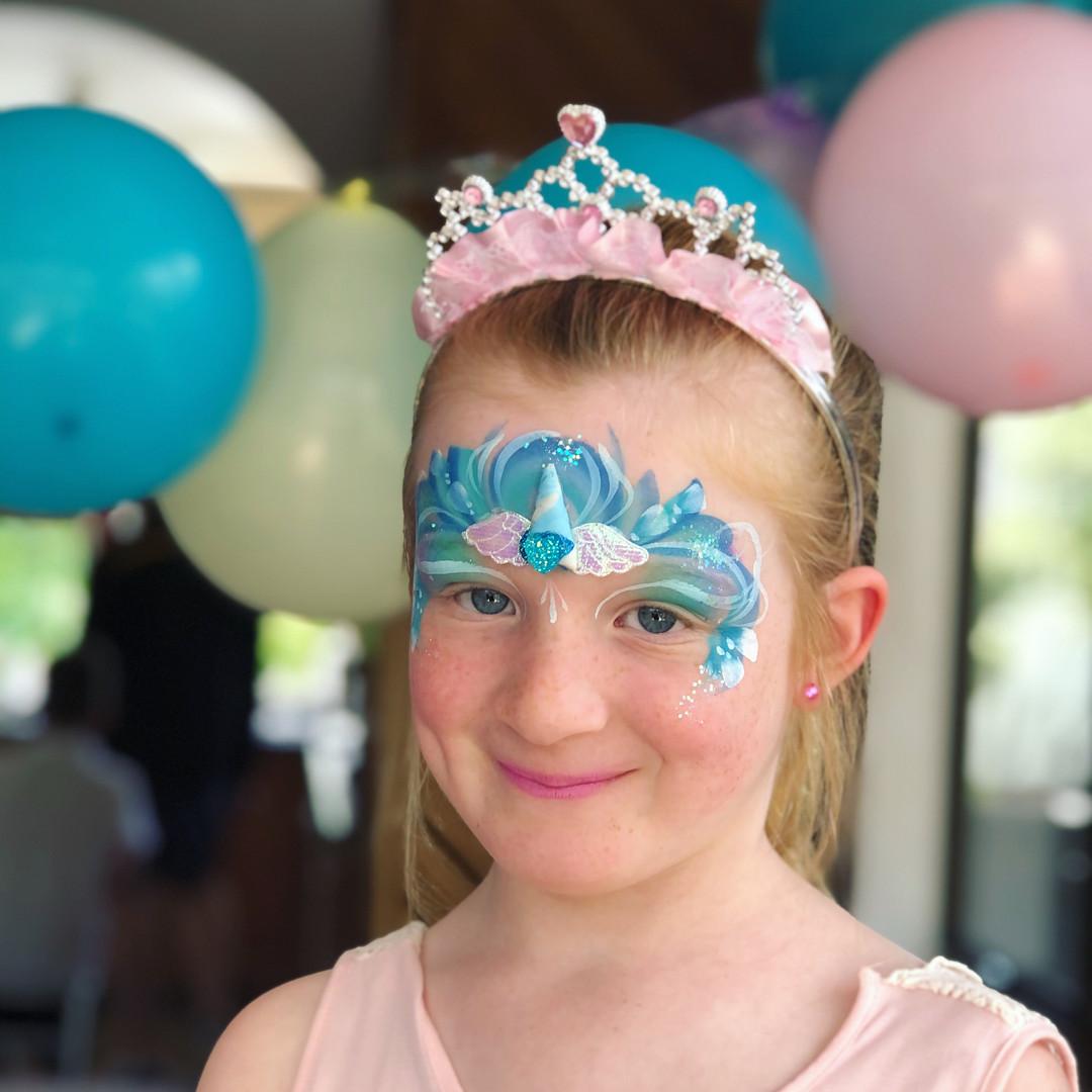 Elsa Frozen princess face painting