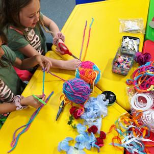 Kids making unicorn dreamcatchersCraft Workshop DIY Kids Wellington New Zealand