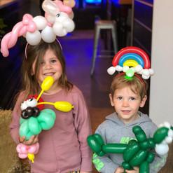 balloon twisting animals
