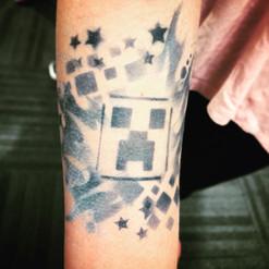 Minecraft Creeper temp airbrush tattoo