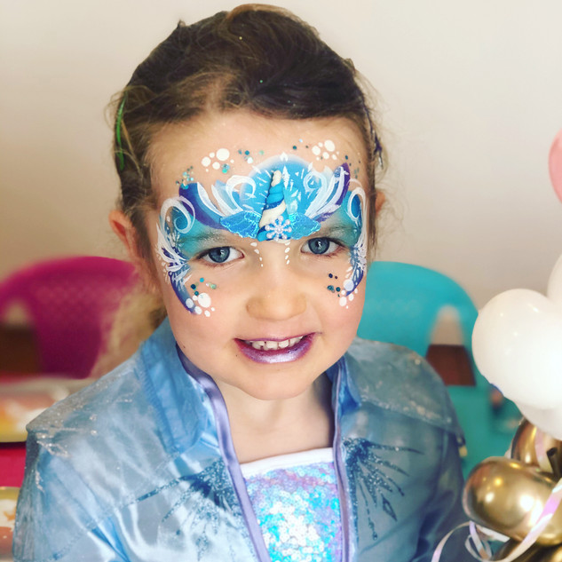 Elsa frozen face paint