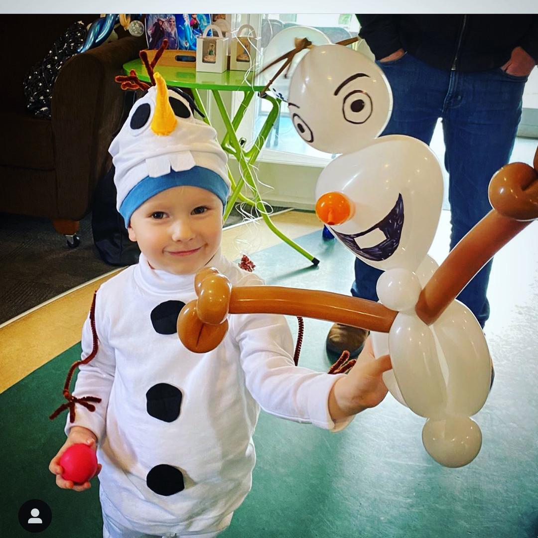 Olaf balloon