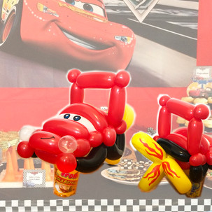 Lightning McQueen Cars balloon twisting party favour Wellington New Zealand