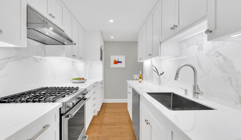 IND_315_West_70th_Street_2F_New_York_NY_Apartment_-_10_Photo_12_20171213-115942.jpg