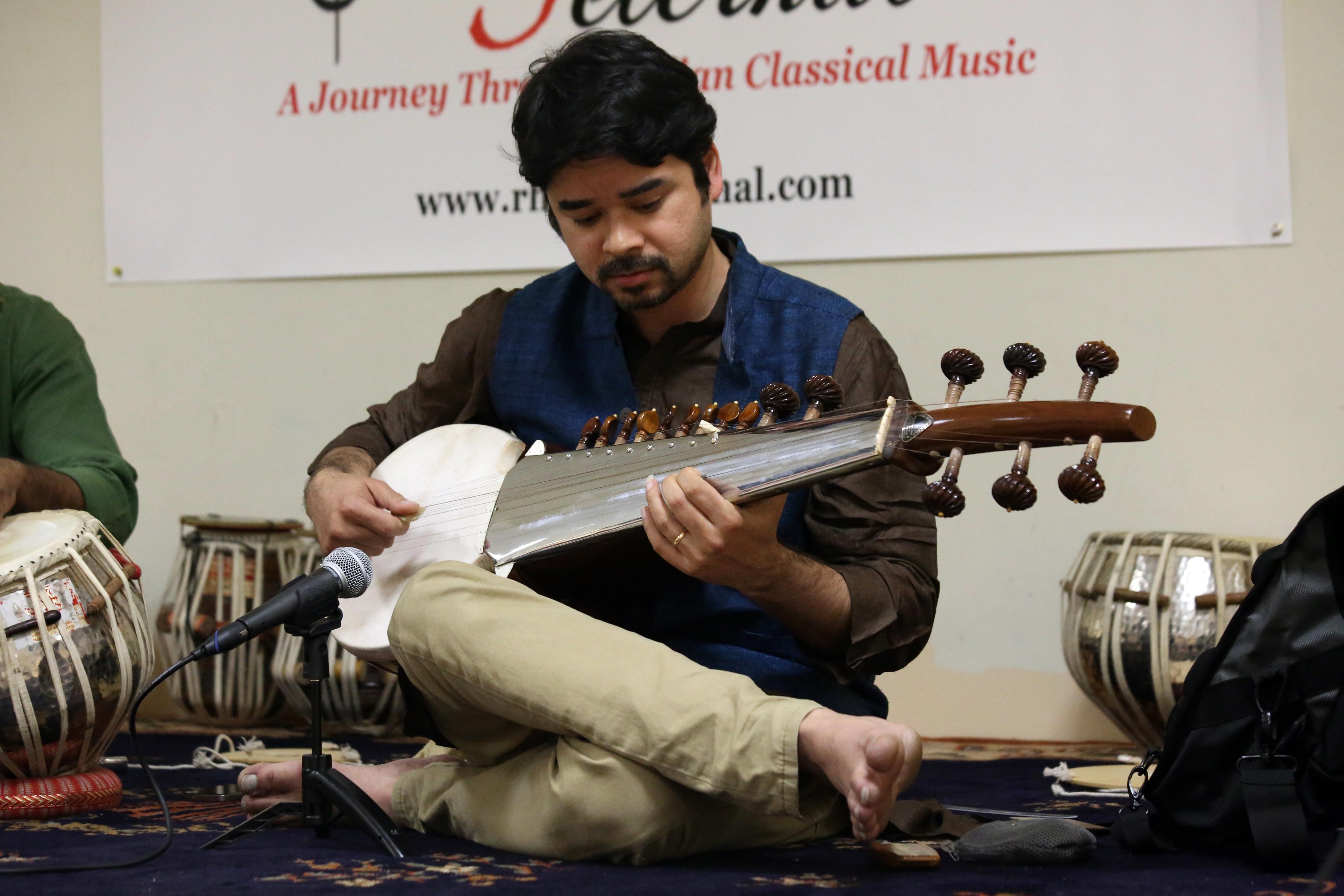 Arnab Chakroborty Sarod