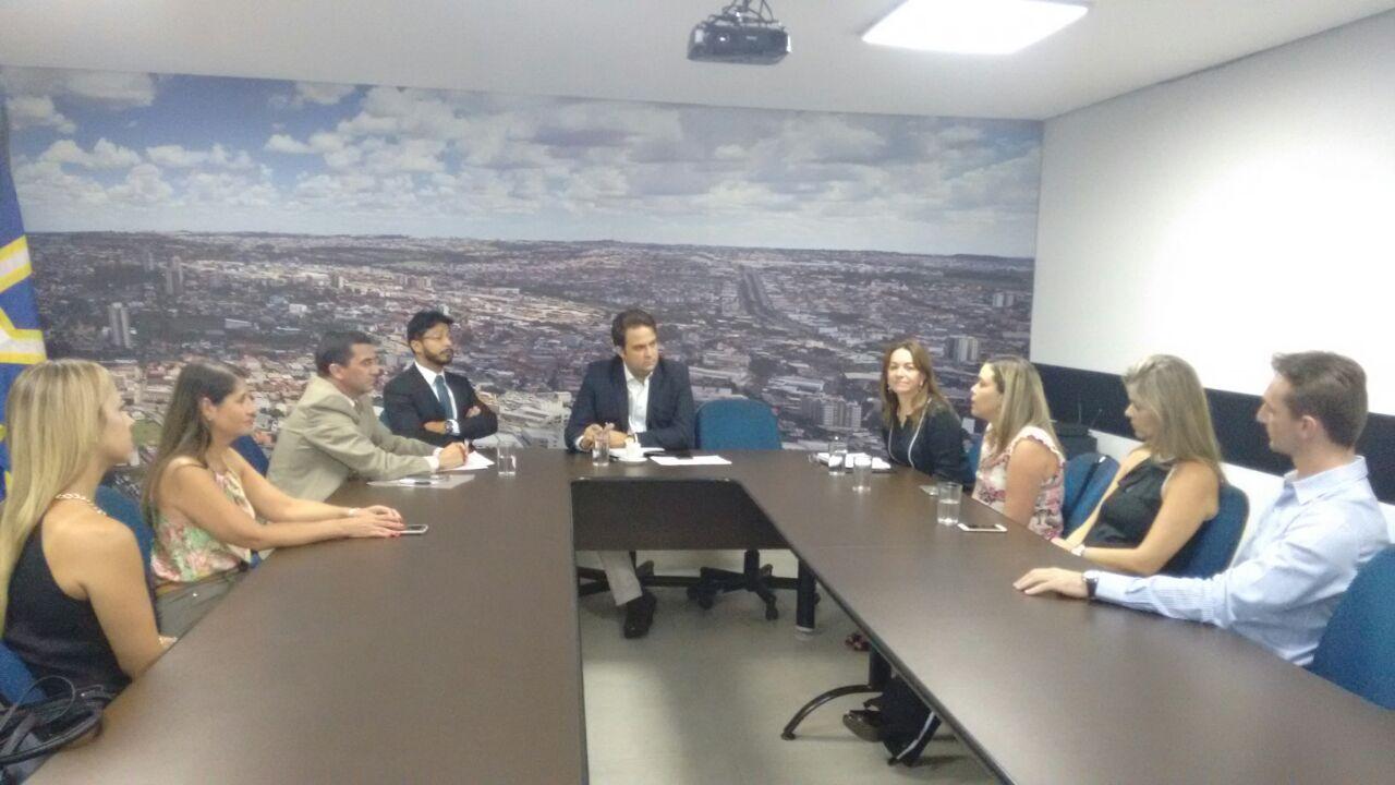 Reunião com o prefeito Roberto Naves