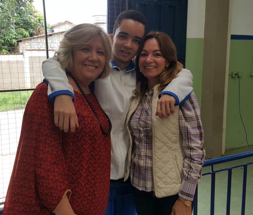 Nancy Barbosa, aluno e Valdeci