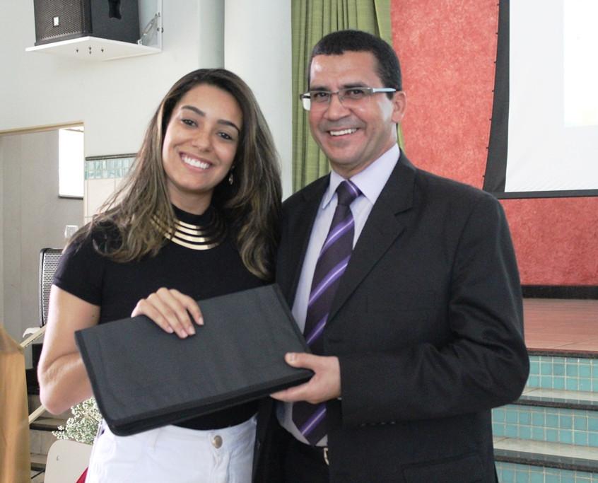 Fernanda Arantes e Dr. Hélio