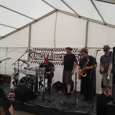 The SKAlectrics at the Cropredy Fringe