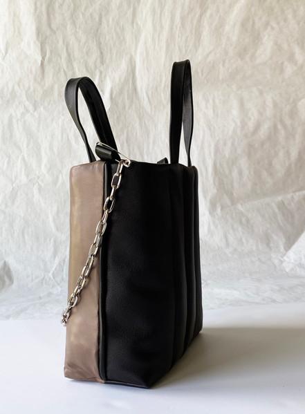 Side Puffy leather bag.jpg