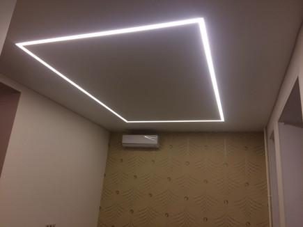 Потолок №52