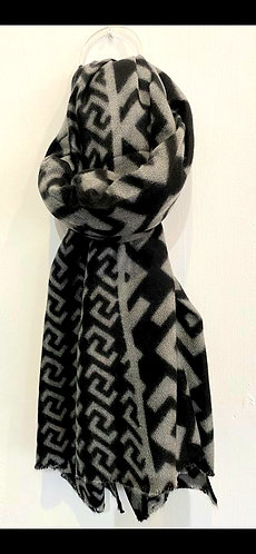 Reversable geometric scarf - Black and grey