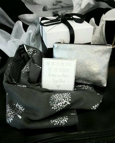 Friends apart gift box