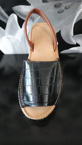 Platform menorcan style shoe - Black