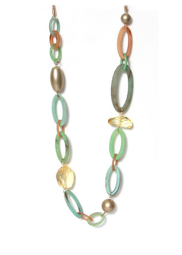 Envy green circle and bead necklace