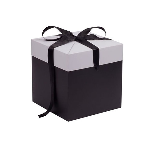 Cube gift box - Medium - Black & White