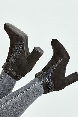 Snake Insert Chelsea Boots - Black