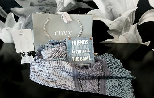 Friends plaque, Earings and scarf gift bag
