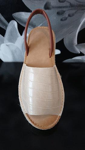 Platform menorcan style shoe - Beige