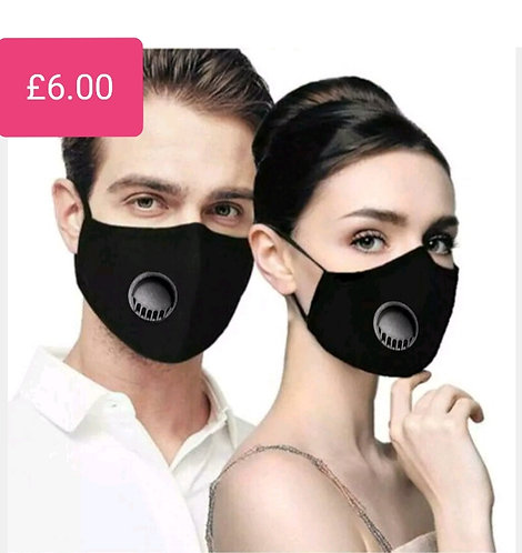 Easy breath face mask with filter pocket