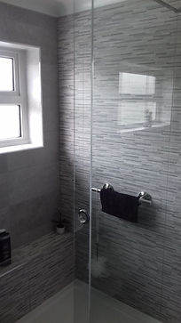 Walk in tiled shower enclosure with sliding glass door, shower tray1500mm x 800mm