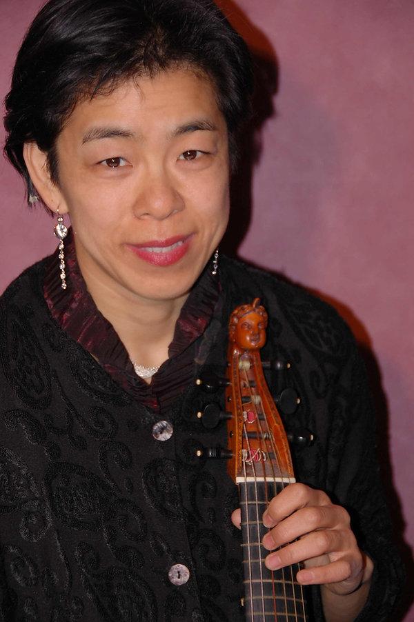 Kaori Uemura (1).jpg