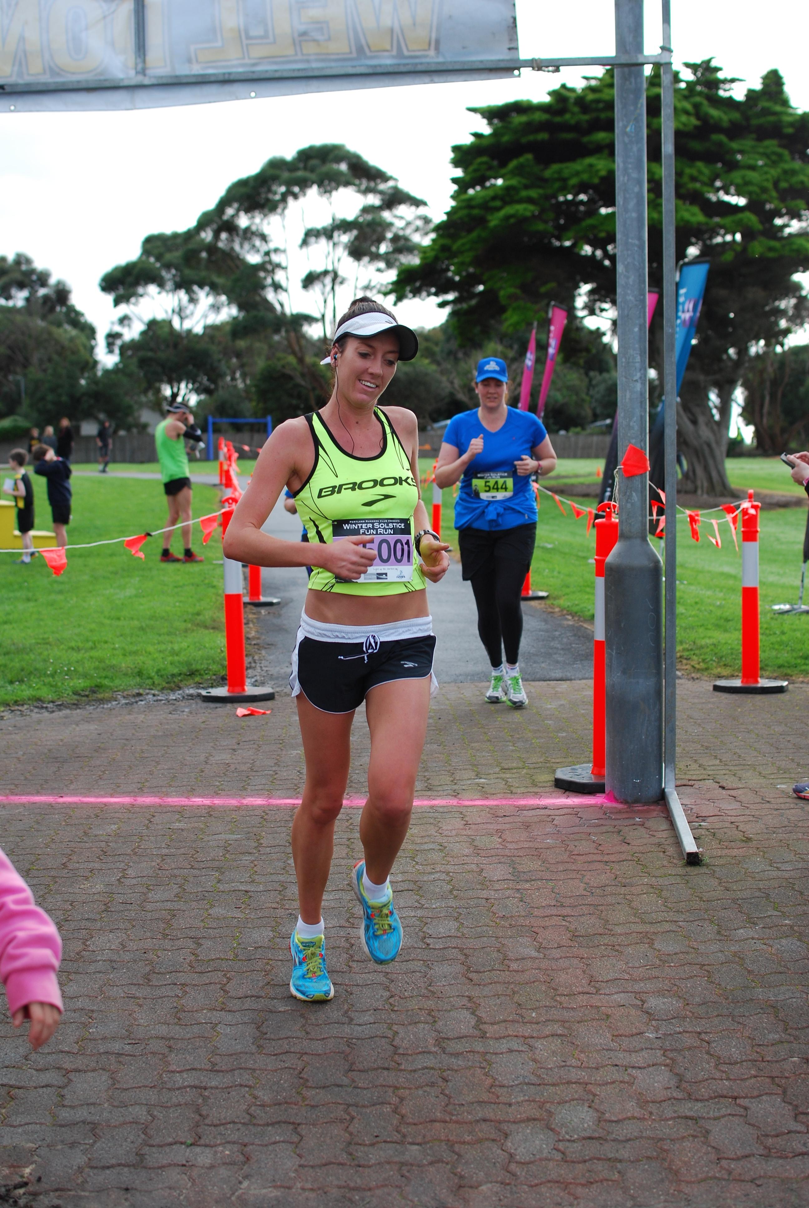 15km winner female2.jpg