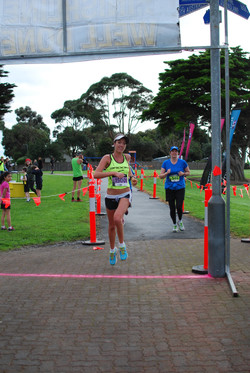 15km winner female.jpg
