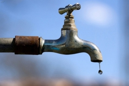 Leiding- of bronwater: wat maakt de koe het uit?