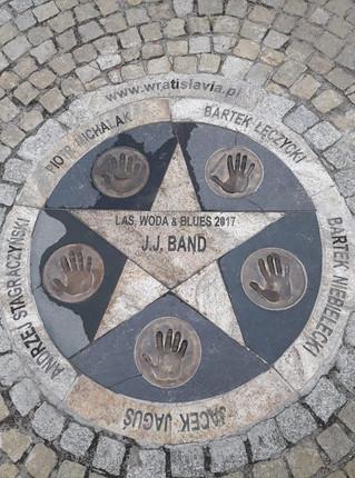 Gwiazda i odciski dłoni zespołu JJ BAND