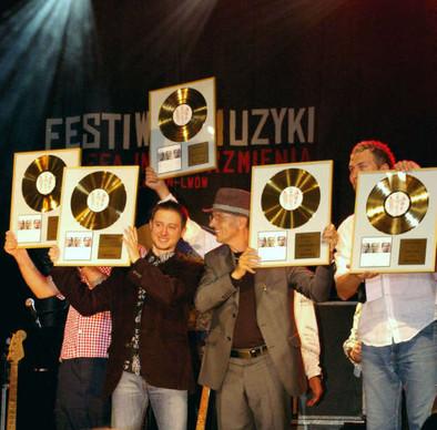 Złota płyta Waglewski Fisz Emade